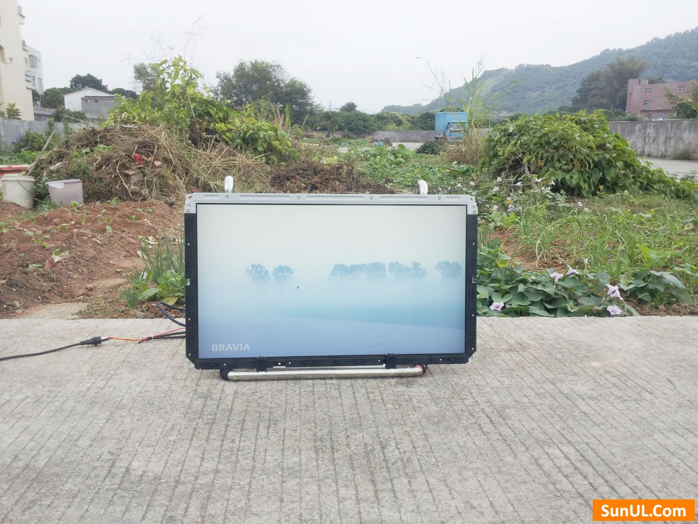 26 inch sunlight readable lcd